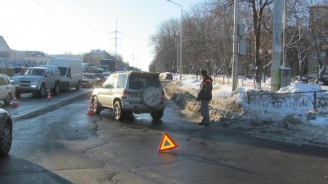 В Белгороде Mitsubishi Pajero сбил 18-летнюю девушку
