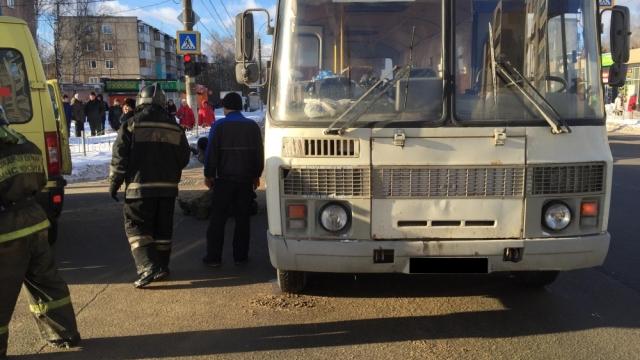 В Иваново автобус врезался в толпу людей, есть пострадавшие