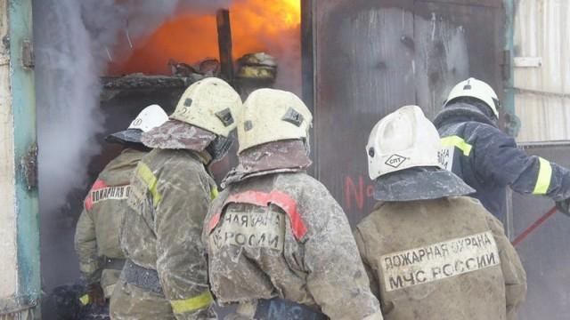 В Десногорске сгорел гараж