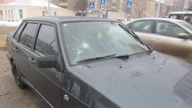 В Белгороде 18-летняя девушка попала под колеса «ВАЗ 21150»