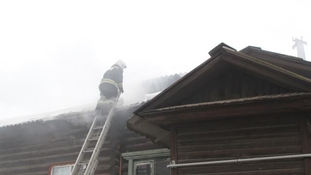Ребенок чуть не сжег трехквартирный дом в Костроме