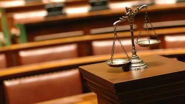 Житель Костромской области заплатит 800 тыс. рублей за повреждение памятника