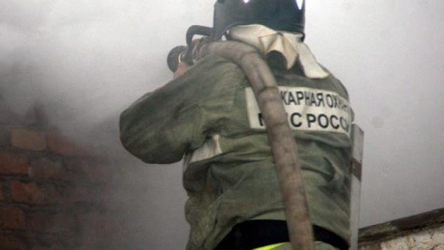 Сарай с сенном сгорел в Ярославской области