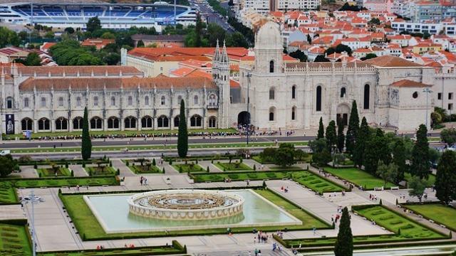 Туроператор «ЛузитанаСол»: Туры в Португалию 2018-2019