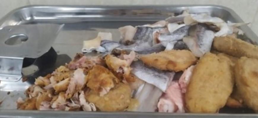 Руководство одной из школ Алтая присвоило бюджетные средства на питание в столовой